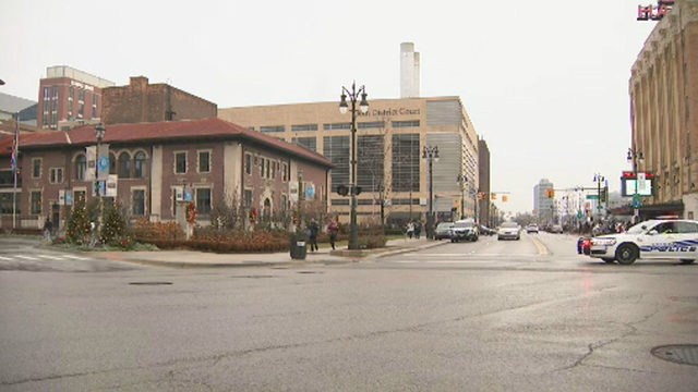 Bomb threats called into 2 courthouses, hospital in Detroit