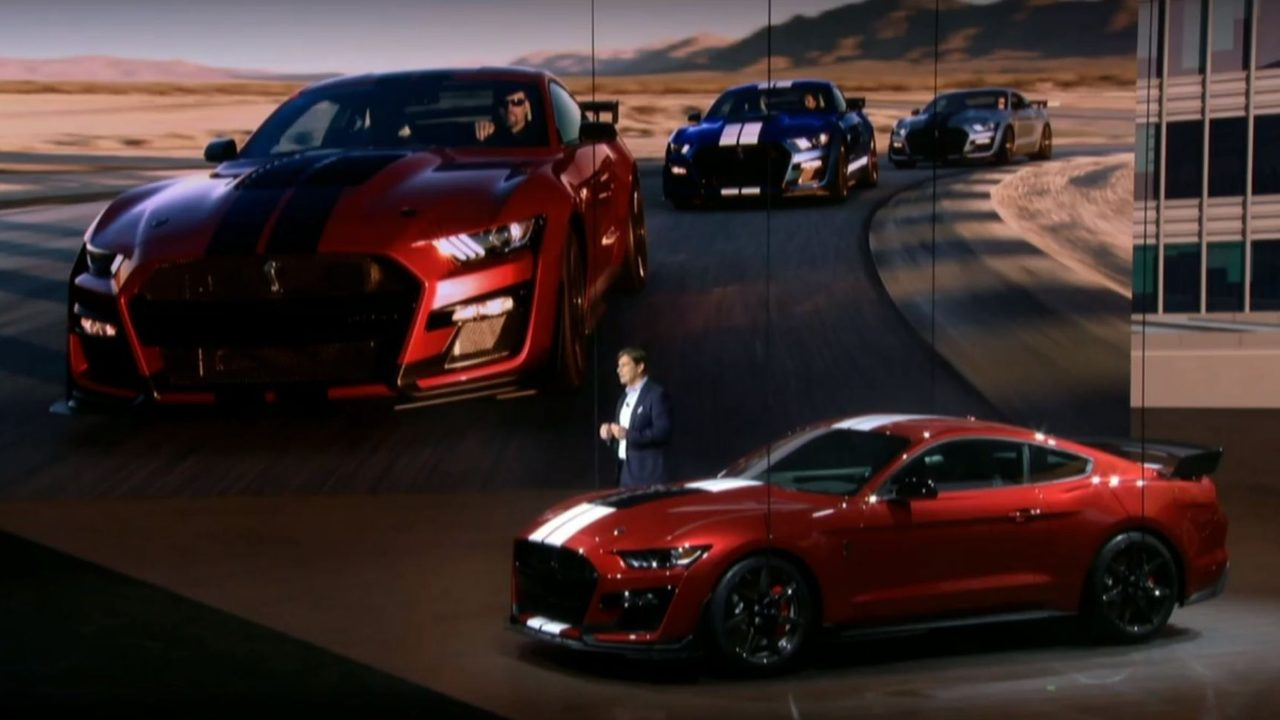 Ford debuts 2020 mustang shelby gt500 at 2019 detroit auto show