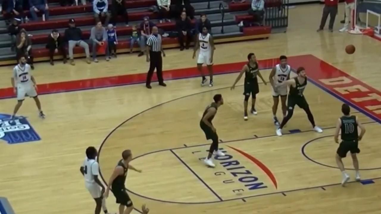 University of Detroit Mercy basketball guard breaking records