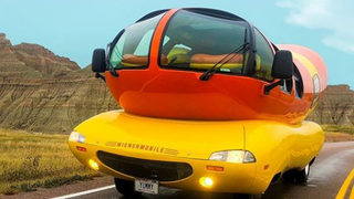 Calling Hotdoggers: Oscar Mayer in search of next Wienermobile driver