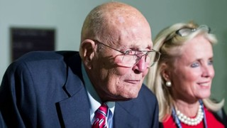 Memorials pour in from politicians after former Michigan Rep. John Dingell dies