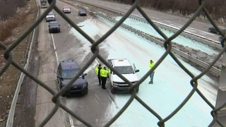 Spill of 50 tons of salt in Troy causes freeway closure, congestion on&hellip&#x3b;