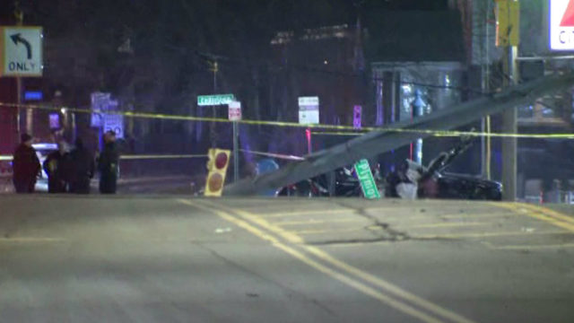 High-speed crash on Detroit's west side kills 1, sends pregnant woman,&hellip&#x3b;