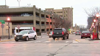 Man dies after falling from Royal Oak parking garage