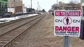Man ignores barricade, killed by passing train in Royal Oak, police say