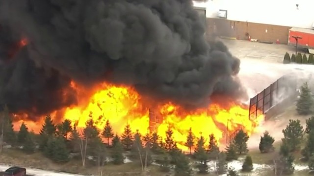 VIDEO: Large fire burns at plastics manufacturing company in Auburn Hills