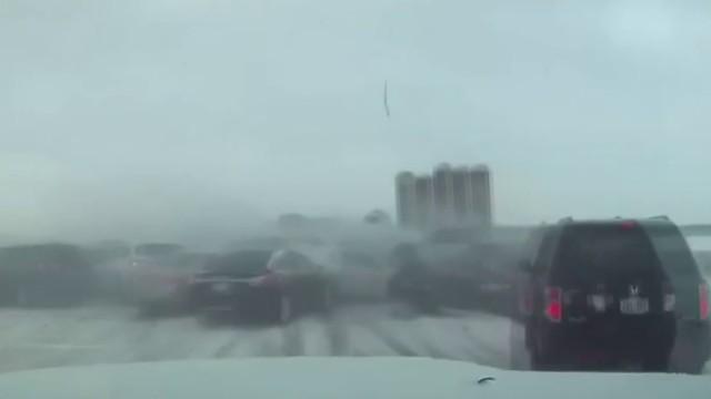 Massive traffic pileup injures 91, kills 1 in Wisconsin
