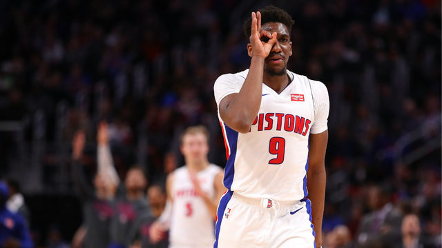Griffin scores 28, Pistons rout Bulls for 5th straight win