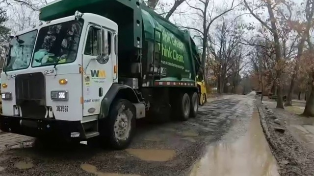 Oakland County drivers fed up with conditions of dirt roads