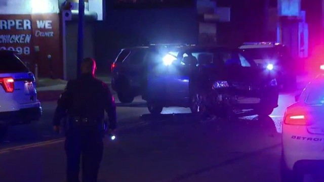 2 injured in hit-and-run at Harper and Park in Detroit