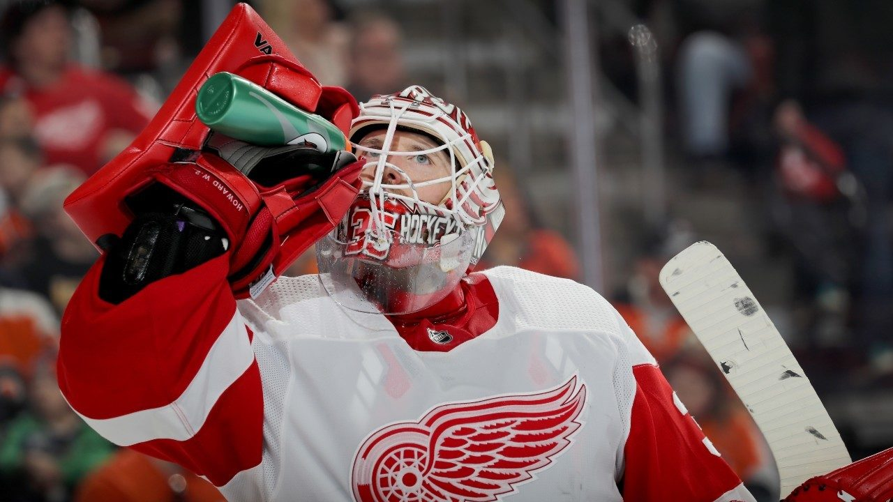 7e3f4afb8a4 Red Wings sign goalie Jimmy Howard to 1-year extension