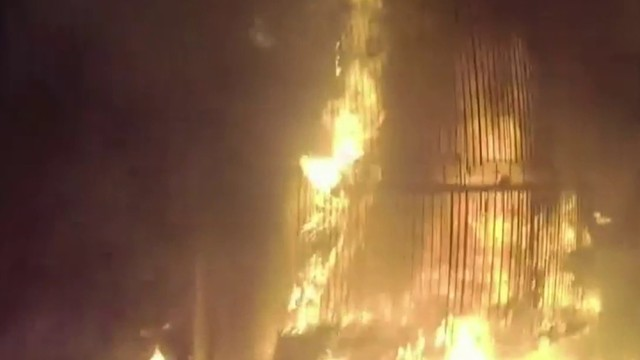 Dramatic body cam video shows officer rescue woman from burning house in&hellip&#x3b;