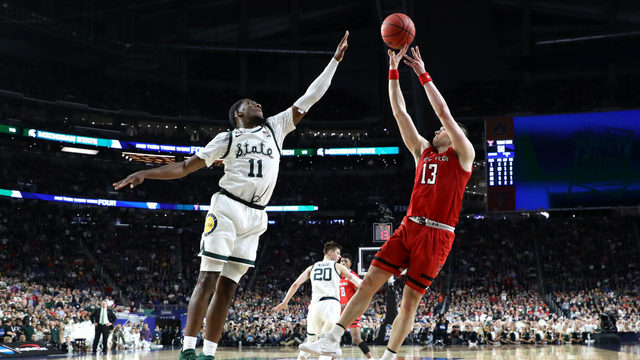 Michigan State falls short of title game, loses to Texas Tech, 61-51