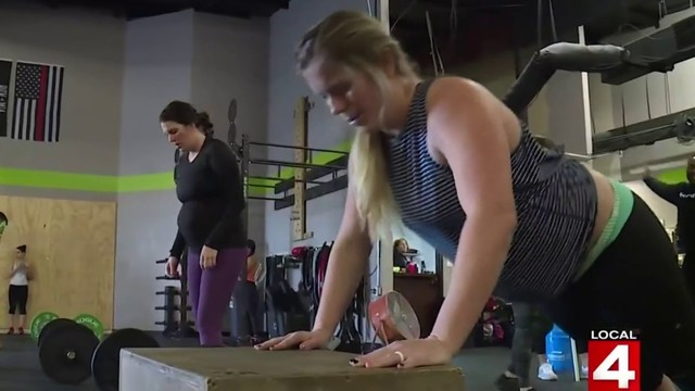 CrossFit workout can have benefits for expectant mothers