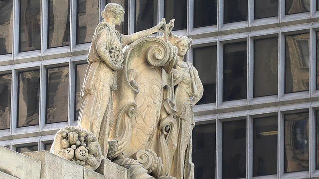 Book celebrates Detroit's collection of architectural sculpture