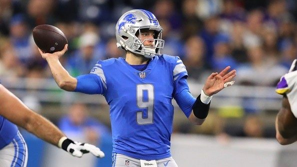 WATCH: Matthew Stafford chugs a beer to one-up Aaron Rodgers