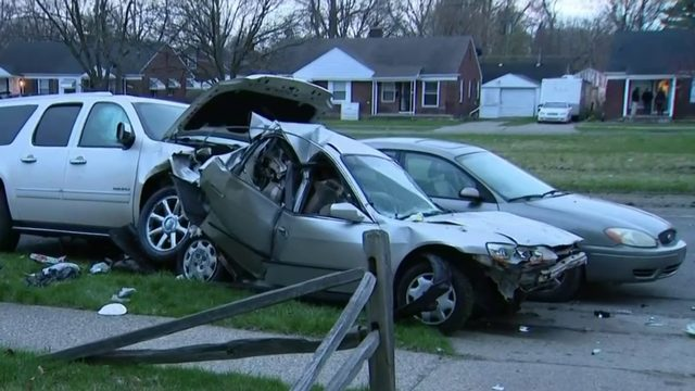 4 arrested after 6-car pileup on Moross Road in Detroit: Here's what happened