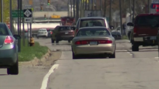 Lawmakers push bill to lower auto insurance rates in Michigan