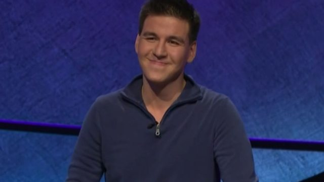 'Jeopardy!' champion James Holzhauer claims 30th consecutive win
