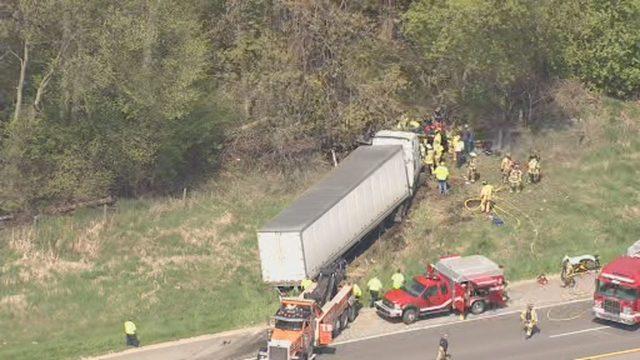 Semi truck crash closes US 23 in Washtenaw County, officials say