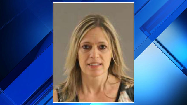 Warren woman accused of using $800 in fake money to buy painting in…
