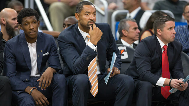 5 critical tasks on Juwan Howard's early to-do list as new Michigan…