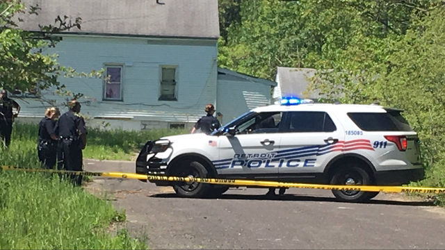 Woman's body found in alley on Detroit's east side, police say