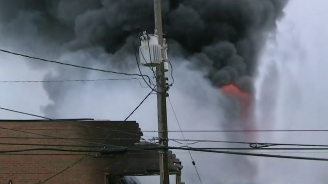 Flames rip through Oak Park gym, other businesses in industrial area