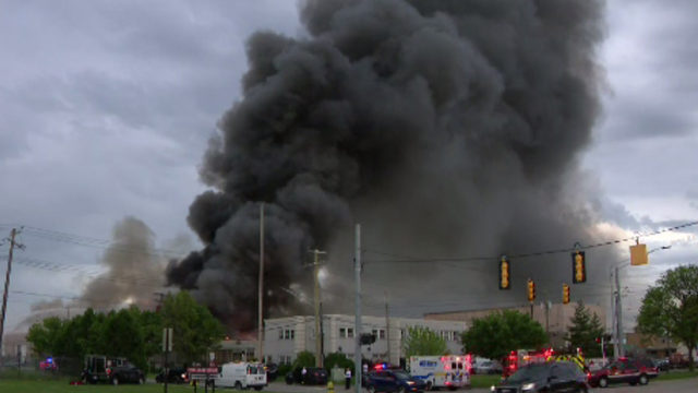 Crews battling fire as flames rip through Oak Park building