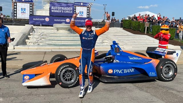 Scott Dixon wins dramatic Detroit Grand Prix Race 2 on Belle Isle