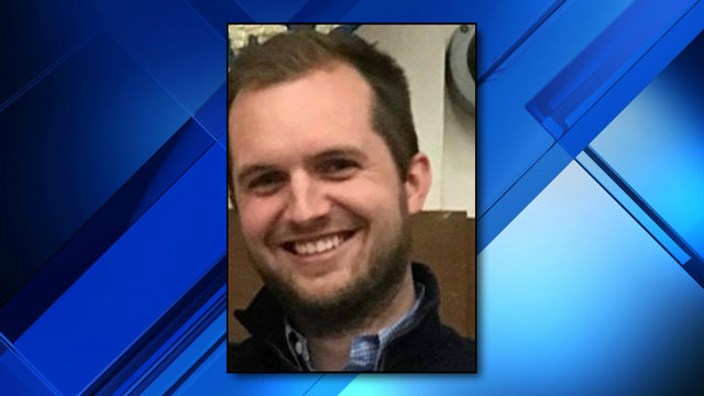 Police: Kentucky pastor tried to set up threesome with underage girls