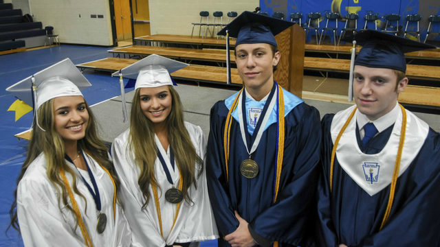 2 sets of twins graduate top of their class in Michigan
