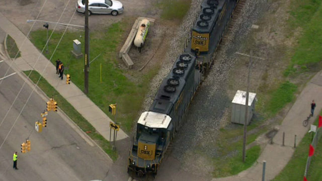 76-year-old man struck by train while riding bike in South Lyon