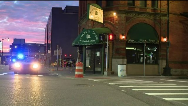 Firefighter jumps into action to help shooting victim near Greektown bar