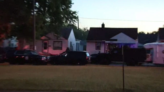 Woman surrenders after barricading self inside Wyandotte home with gun