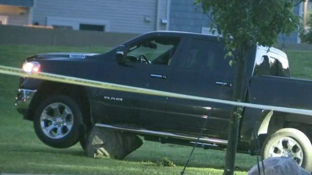 25-year-old man shot, killed outside Eastpointe senior apartment…