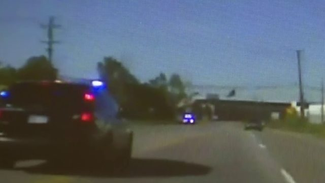 Black minivan leads police on high-speed pursuit through Metro Detroit