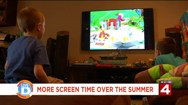 Should kids get more screen time in the summer?