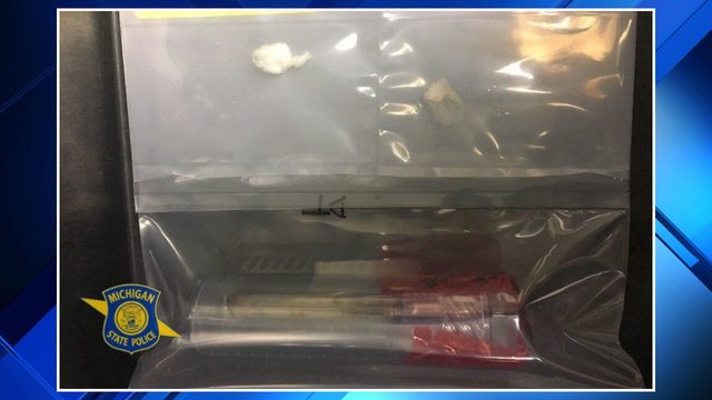 Sterling Heights driver arrested after cocaine found in vehicle, police say