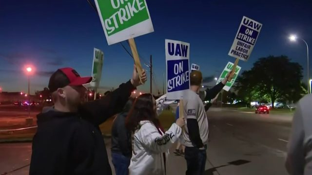 UAW reaches deal, ends strike at Michigan auto parts factory