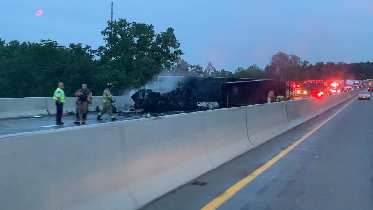 Fatal crash closes eastbound M-14 in Ann Arbor