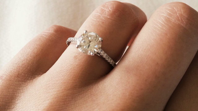 Woman looking for three rings with sentimental value lost in West…