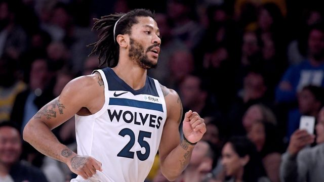 Former NBA MVP Derrick Rose signs with Pistons