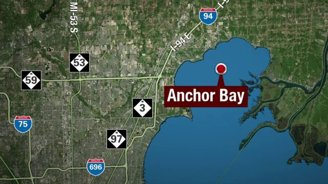 Boater who went overboard in Lake Saint Clair found alive