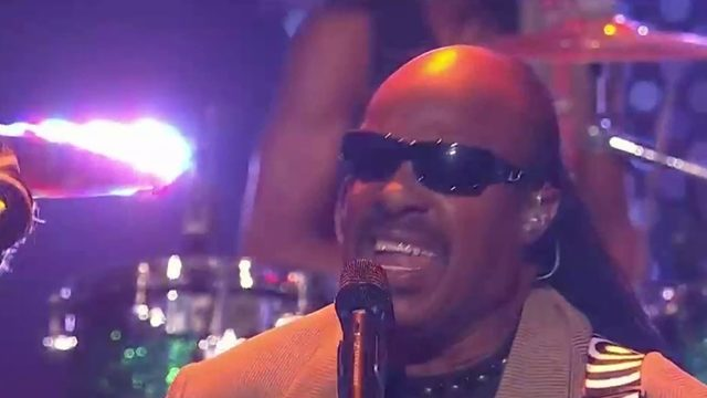 Stevie Wonder says he's getting kidney transplant this fall