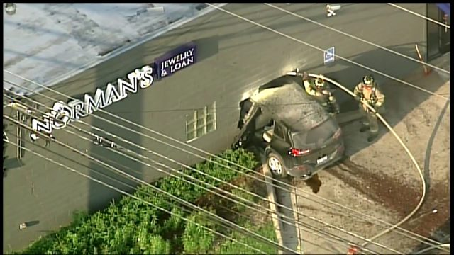 Vehicle crashes into building in Southfield
