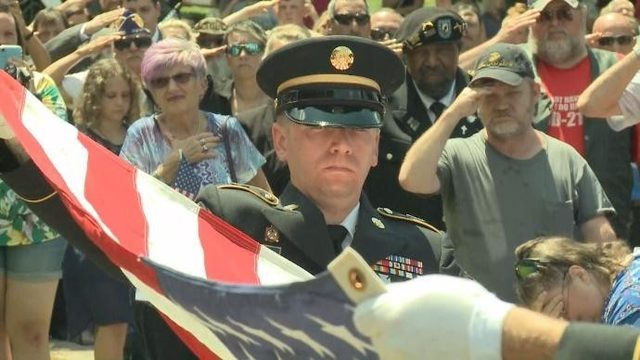 More than 1,000 show at funeral for Vietnam veteran in Michigan with no…
