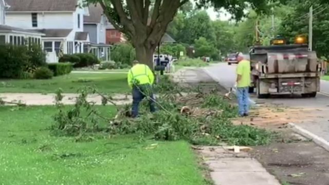 Storms cause damage across Michigan, leave thousands without power