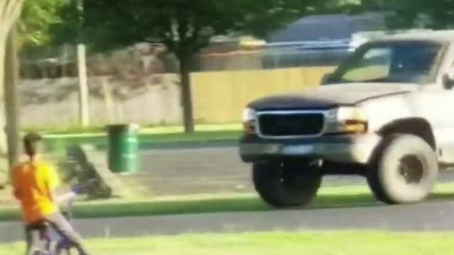 Viral video shows driver doing doughnuts at Taylor park as children play nearby