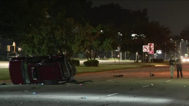 Woman cut out of vehicle after serious crash on 8 Mile Road near Woodward